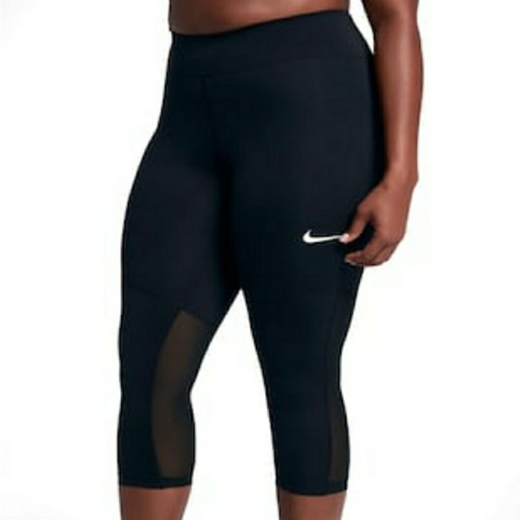 ce650cd57f NWT Nike Running Capri Plus Size